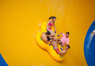 3 .Chimelong Water Park, China