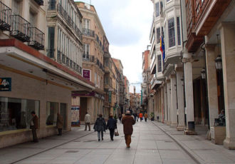 Calle Mayor (commons.wikimedia.org)