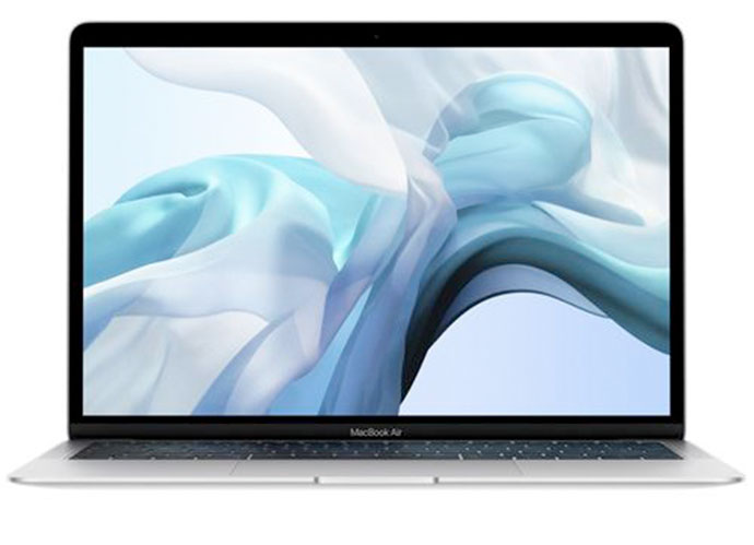 "Apple MacBook Air 13"" 128 GB Plata. Precio: 1.349 euros/Referencia: 0190198708465. (fnac.es)"