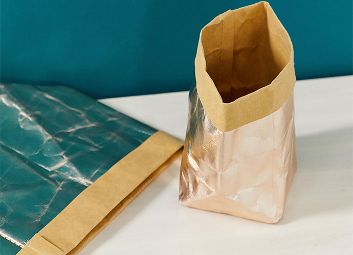 Pack metallic storage bags. 13,6 euros/Referencia: 1370876 (ASOS)